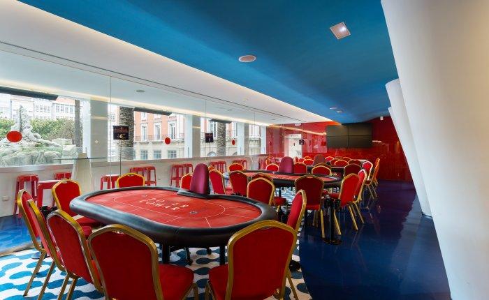Casino Atlántico Comar, Mesas Poker