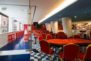 Casino Atlántico Comar, Mesas Poker Terraza