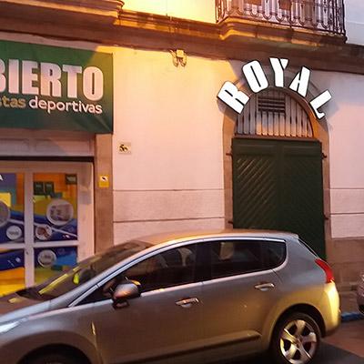 Royal Ferrol Comar, Exteriores