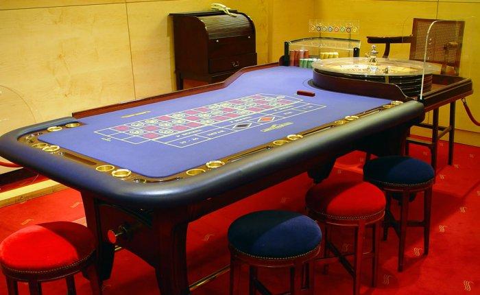Casino Conde Luna Comar, Mesa Juego