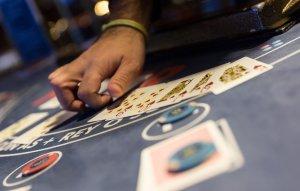 Casino Zaragoza Comar, mesa de Poker