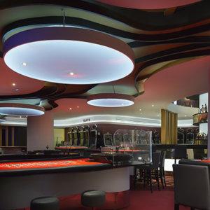 Casino Embajador Comar, Sala de juego