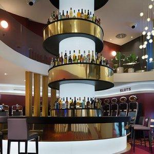 Casino Embajador Comar Bar