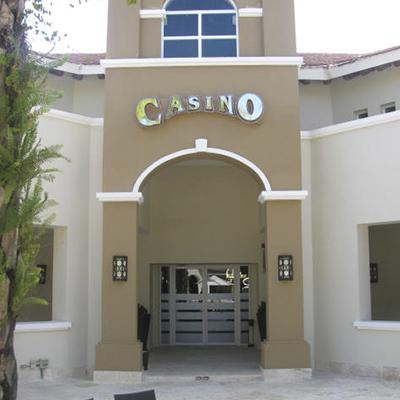 Casino Comar NH Bavaro Comar, Entrada