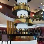 Inauguración Casino Embajador Comar